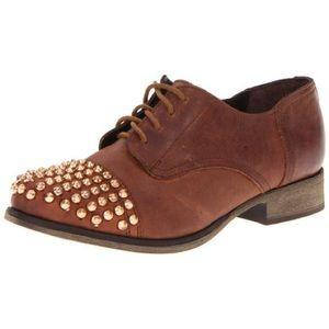 Steve Madden Studded Leather Oxford Size 7